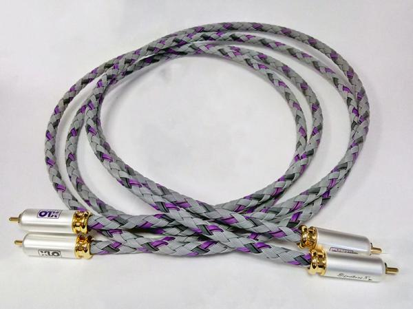 XLO SIGNATURE 3 Interconnect Cable (2M - RCA)
